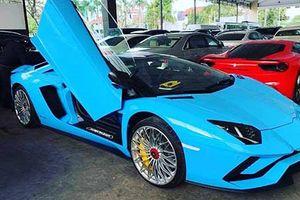 Siêu xe Lamborghini Aventador S mui trần cập bến Campuchia