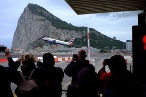 Đàm phán Brexit lâm nguy vì tranh chấp Gibraltar