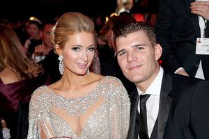 Paris Hilton bị bạn trai đòi nhẫn đính hôn 2 triệu USD dù không mua