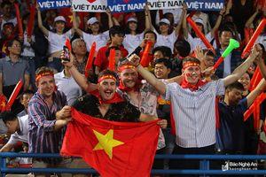 Văn Đức ghi bàn, Việt Nam đánh bại Campuchia giành ngôi đầu bảng A