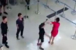 Côn đồ hành hung nhân viên hàng không, gây rối tại sân bay Thọ Xuân