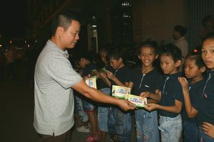 Cần Thơ: 100 trẻ mồ côi được xem xiếc miễn phí