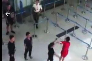 Bộ GTVT đề nghị xử nghiêm côn đồ hành hung nhân viên hàng không