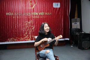 Nữ sinh 1998 gây sốt vòng Sơ khảo Tài năng Sinh viên Việt Nam 2018 nhờ đôi mắt to tròn đáng yêu