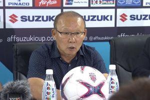 HLV Park Hang-seo 'tung quân' do thám Thái Lan trước bán kết AFF Cup 2018