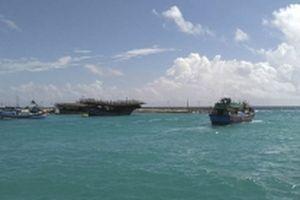 Ngư dân tránh trú bão số 9 tại Âu tàu đảo Sinh Tồn đã ra khơi