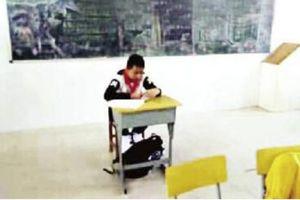 Giáo viên cô lập học sinh bị ung thư trong lớp do sợ lây nhiễm