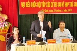 Đồng chí Trần Quốc Vượng, Ủy viên Bộ Chính trị, Thường trực Ban Bí thư tiếp xúc cử tri tỉnh Yên Bái