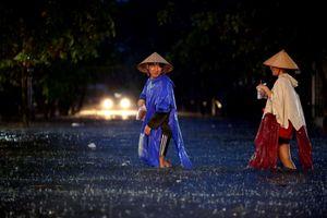 Sài Gòn ngày bão quét