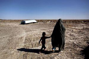 Afghanistan: Nhiều gia đình phải bán con để trả nợ