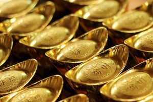 Giá vàng hôm nay 25/11: Kết thúc tuần giảm giá