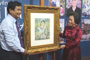 Ngắm 26 bức tranh đắt giá, trở về cố hương của nữ danh họa Lê Thị Lựu