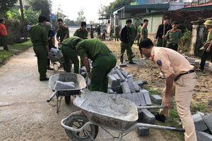 Công an đồng hành cùng nhân dân xây dựng nông thôn mới