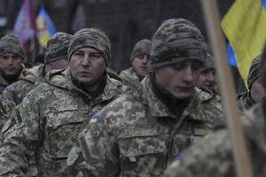 Quân đội Ukraine vào tình trạng báo động tác chiến toàn diện