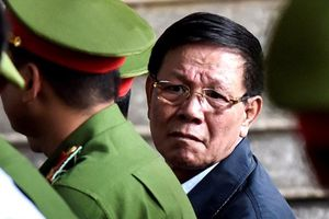 Xét xử đường dây đánh bạc nghìn tỉ: Ngày nào tuyên án 2 cựu tướng công an?
