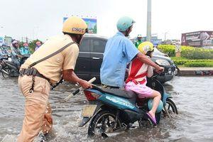 Yêu cầu tập trung ứng phó mưa lũ sau bão