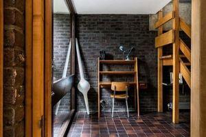 Mê mẩn trước ngôi nhà nhỏ gần 60 năm không lỗi thời nhờ kính và gỗ
