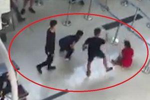 Nhân viên Vietjet Air bị hành hung: An ninh sân bay đứng nhìn?