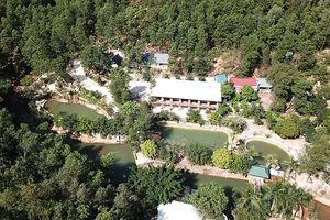 Điểm du lịch hàng ngàn mét vuông xây trái phép trên đất rừng Hạ Long