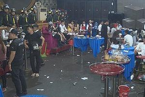40 thanh niên phê ma túy trong hai quán bar lúc 1g sáng