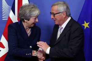 EU chấp nhận thỏa thuận Brexit, nguyên thủ Châu Âu 'cảm xúc lẫn lộn'