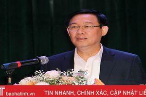 Phó Thủ tướng Chính phủ Vương Đình Huệ tiếp xúc cử tri Hương Khê