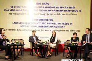 Thảo luận về chính sách thị trường lao động và hội nhập quốc tế