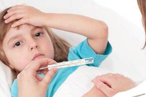 Mách mẹ cách tăng cường sức đề kháng cho trẻ lúc giao mùa