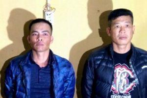 3 kẻ hành hung nữ nhân viên hàng không bị cấm đi khỏi nơi cư trú
