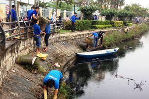 Cần Thơ: Ra quân vệ sinh môi trường, khơi thông kênh rạch