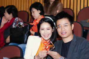 Chồng và con trai ủng hộ HH Dương Thùy Linh đấu tranh cho bình đẳng giới