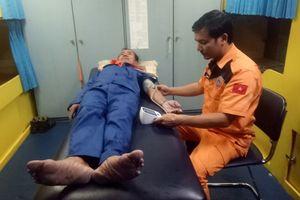 Cứu nạn thành công 5 ngư dân gặp nạn tại khu vực biển Vũng Tàu