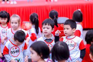 Hàng trăm học sinh Thủ đô háo hức chạy vì bệnh nhân ung thư