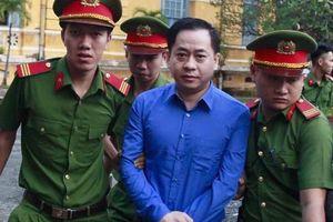 Vũ 'nhôm' khai ngoài tên Phan Văn Anh Vũ còn có tên 2 tên và 2 quốc tịch nước khác