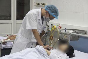 Đốt than sưởi ấm, 4 người trong gia đình nhập viện: Nạn nhân kể lại sự việc