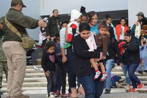 Mỹ bắt 42 người di cư muốn nhập cảnh trái phép từ Mexico