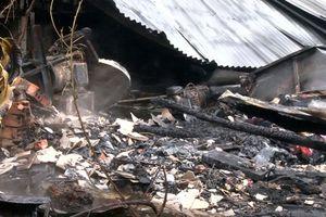 Hỏa hoạn thiêu rụi 2 căn nhà