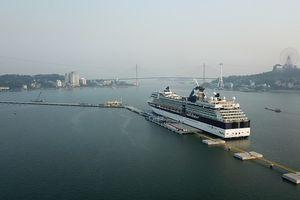Cảng tàu khách du lịch quốc tế chuyên biệt đầu tiên của Việt Nam chính thức đón tàu hạng sang