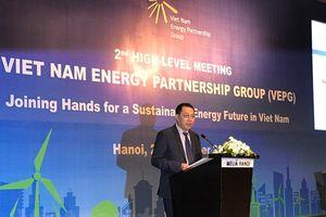 EU hỗ trợ Việt Nam chuyển dịch năng lượng 'từ nâu sang xanh'