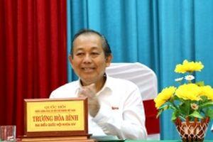 Phó Thủ tướng Trương Hòa Bình tiếp xúc cử tri ở Long An