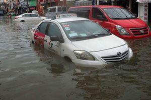 Bão số 9 gây mưa lớn chưa từng có ở TP.HCM