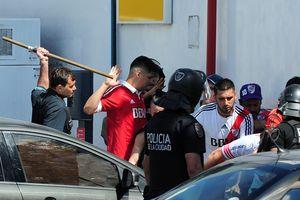 Mafia bị tố đứng sau vụ làm loạn khiến trận chung kết Copa Libertadores bị hoãn