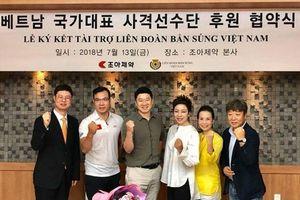 Xạ thủ 4 lần giành HCV Olympic đến Việt Nam truyền cảm hứng