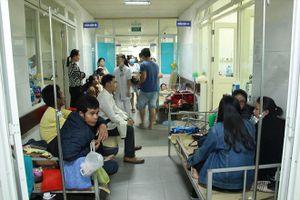 Sốt xuất huyết tăng đột biến, bệnh viện quá tải