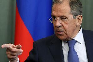 Poroshenko thiết quân luật toàn quốc, Nga kêu gọi phương Tây trấn tĩnh Kiev