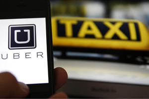 Lần đầu tiên, Uber lắp nút khẩn cấp đảm bảo an toàn cho lái xe