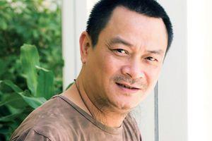 Nhà hát kịch Việt Nam biểu diễn nghệ thuật động viên NSND Anh Tú