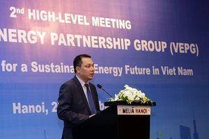 EU và WB cam kết hỗ trợ Việt Nam năng lượng sạch giá rẻ