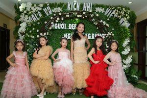 130 vũ công nhí tham gia vở diễn 'Người đẹp ngủ trong rừng'