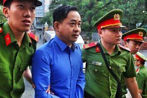 Xét xử vụ DongA Bank: Vũ 'nhôm' khai có 3 tên, 2 quốc tịch